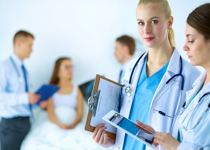 Qatar-healthcare-Industry.jpeg
