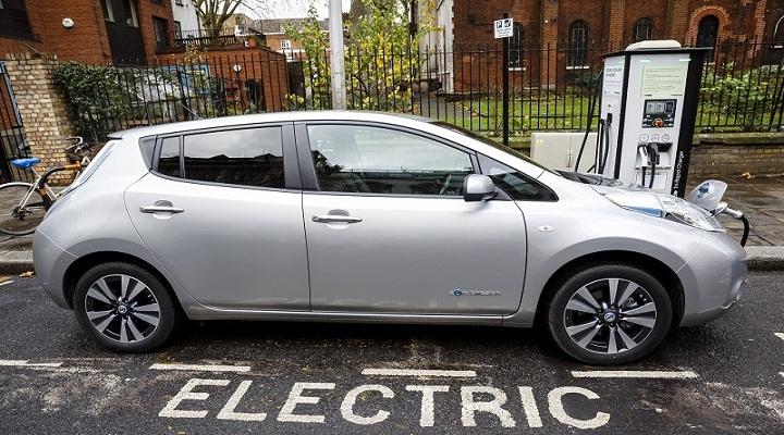 UK-Electric-Vehicle-Market-Research.jpg
