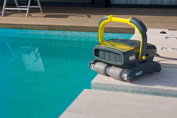 Global Pool Cleaning Robots Market Research Report, Market Size ...