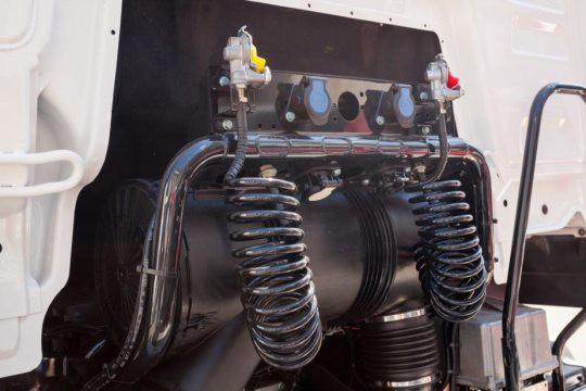 Global-Heavy-Truck-Engine-Brake-Market.jpg