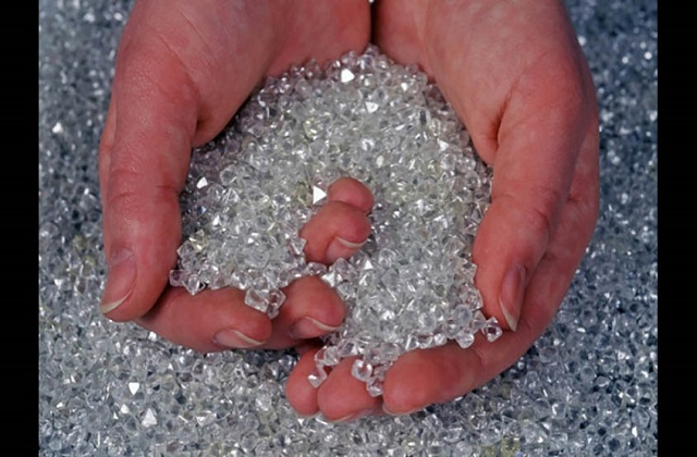 Global-Diamond-Mining-Market.jpg