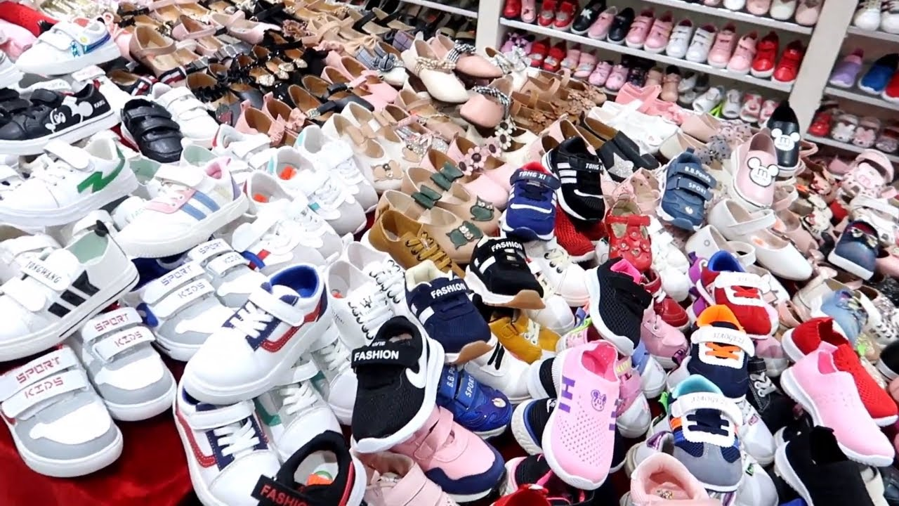 Kids-Shoes-Market.jpg