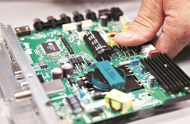 Global Outsourced Semiconductor Assembly and Test Market, Industry: Ken  Research